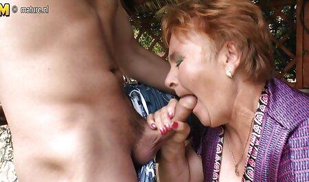 Uma jovem aceita zoofilia potno Dupla penetração e foda com caras