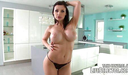 Sexy esposa se porni gratis masturba no momento certo por causa da aparência de seu marido
