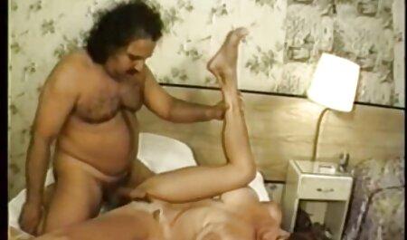Loira Milf vídeos de pornô grátis para ser cubo em dois buracos ao mesmo tempo em gangbang