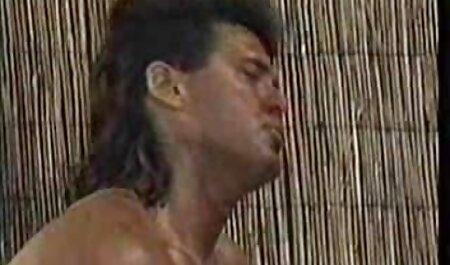 A menina adolescente final empurrando vídeo pornô grátis agora o cara em anal